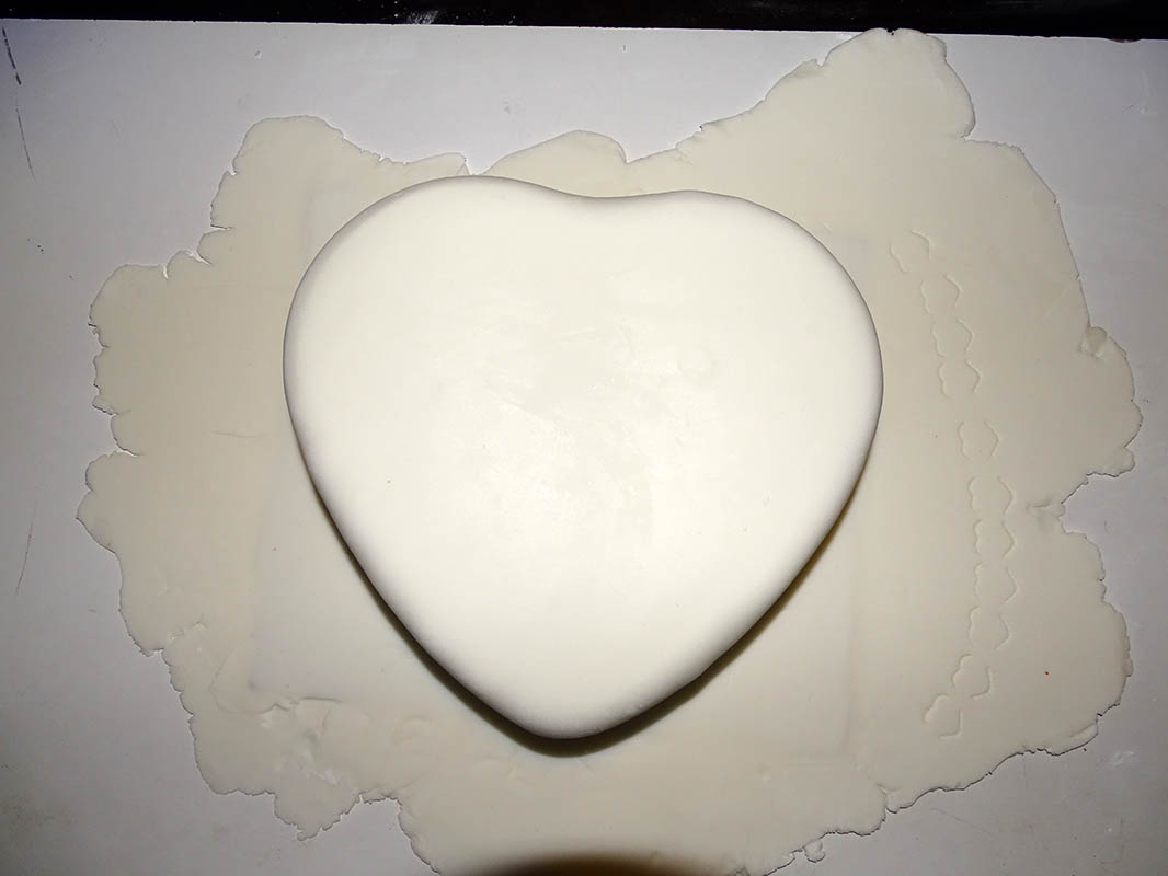 heart shape and mini punch heart valentine cake image 7