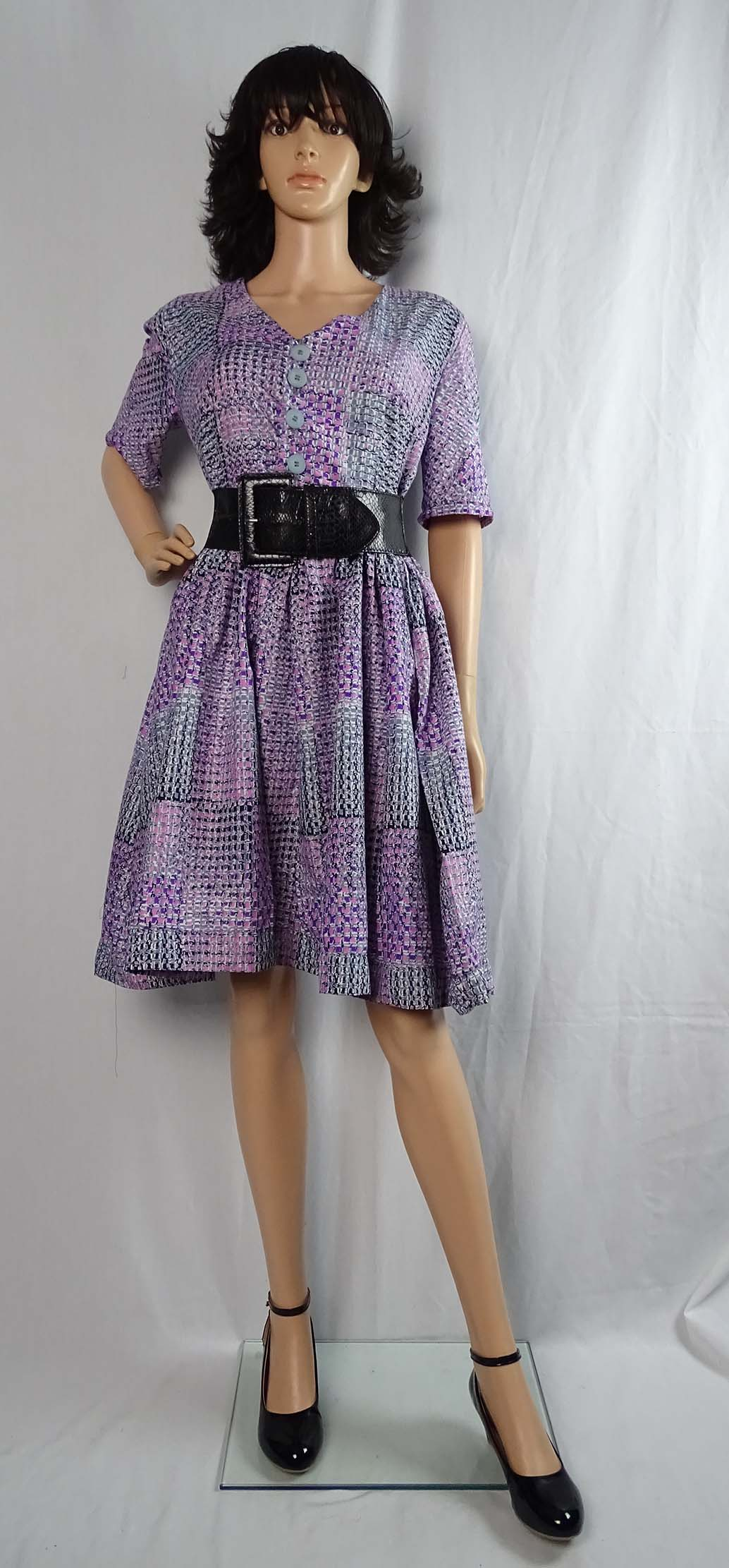 Wax print Simplicity 1459 top and skirt 4 by Anino