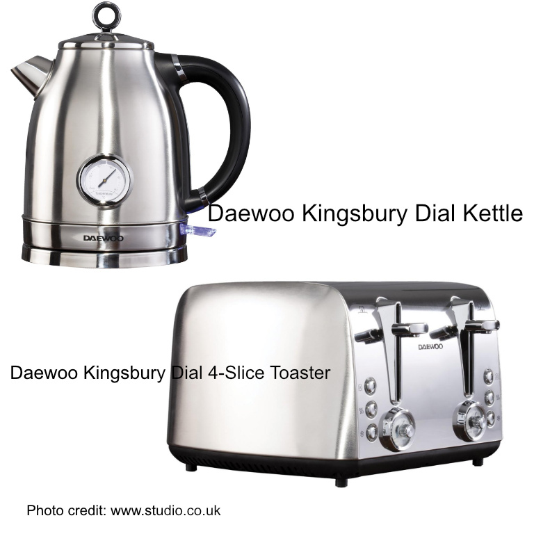Daewoo Kingsbury Dial 4-Slice Toaster and kettle